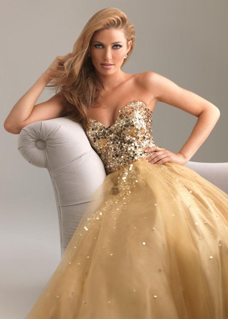 Платья от белого золота