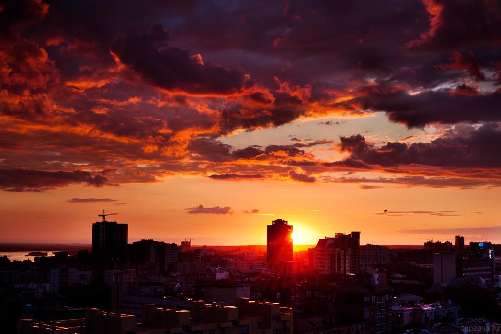 Восход солнца в г. Новосибирск (время захода солнца на сегодня и завтра.)