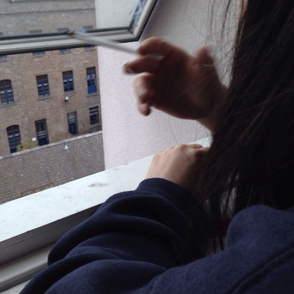 Смотреть как девочка пригает на хуе бесплатно без смс 14 фотография