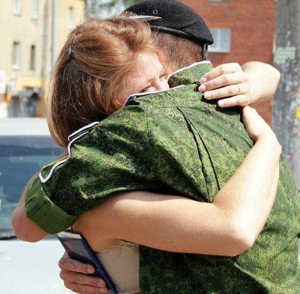 Видео сколько сразу солдат может выдержа девушка