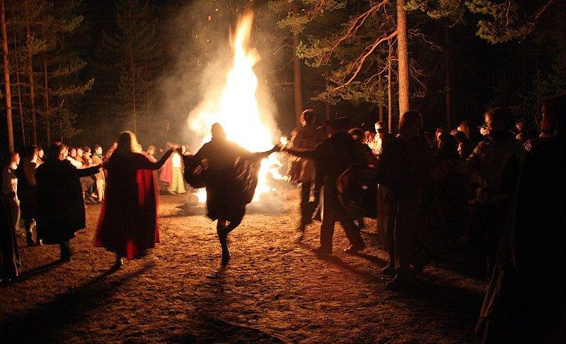 Какие праздники у ведьм
