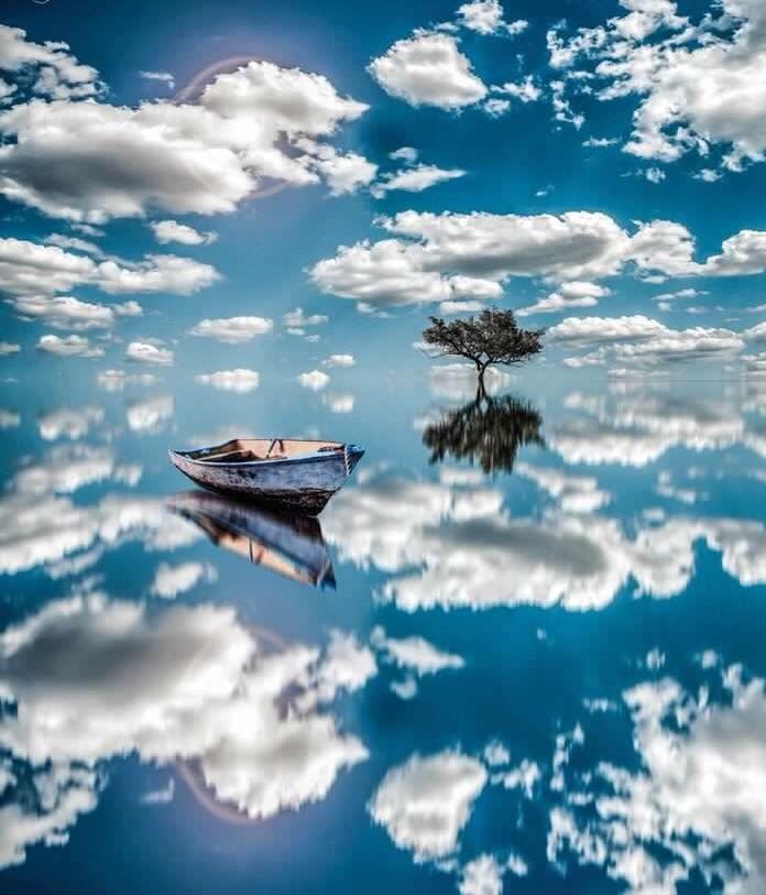 фото облаков как лодки