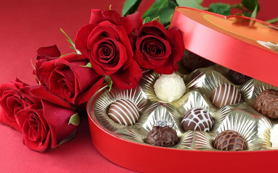 Поздравление с днем рождения конфеты