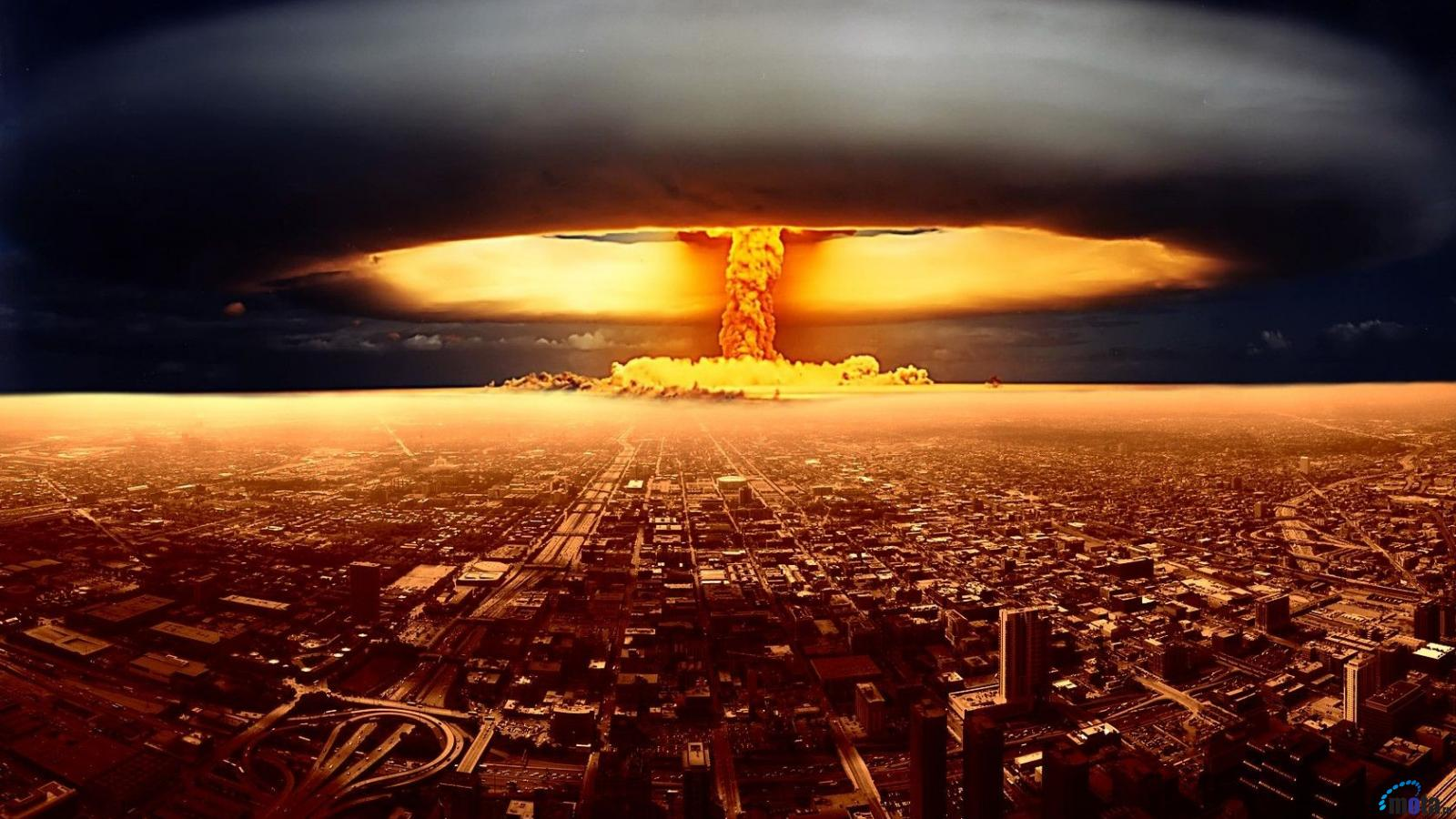 nucular war essay The nuclear war in india and pakistan is a serious crisis and can lead to many problems all over the world nuclear weapons are very dangerous.