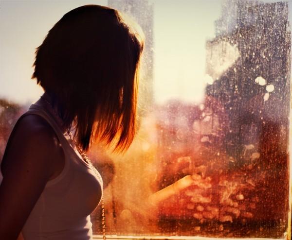 Фото грустная девушка на аву