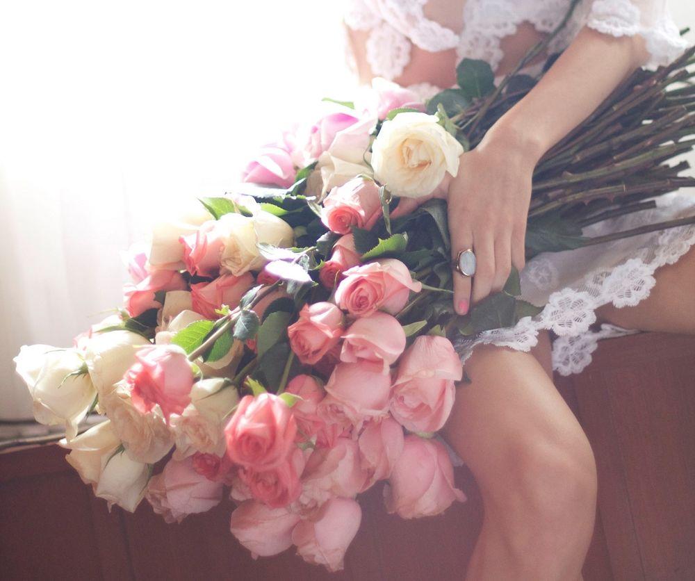Букеты цветов девушки фото