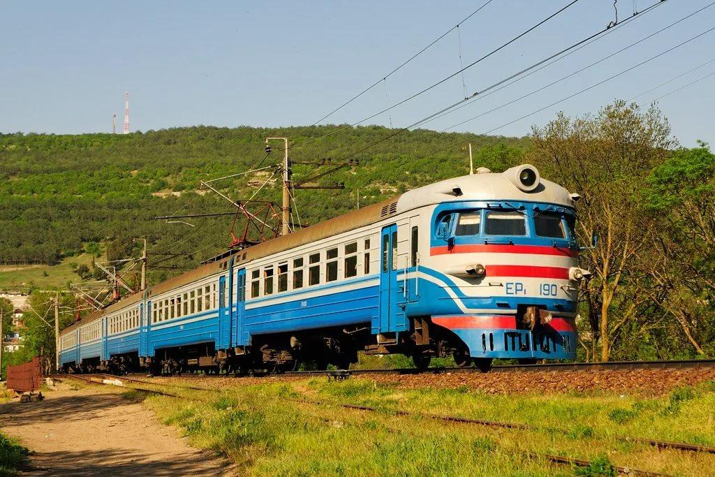картинки железнодорожного поезда позировала