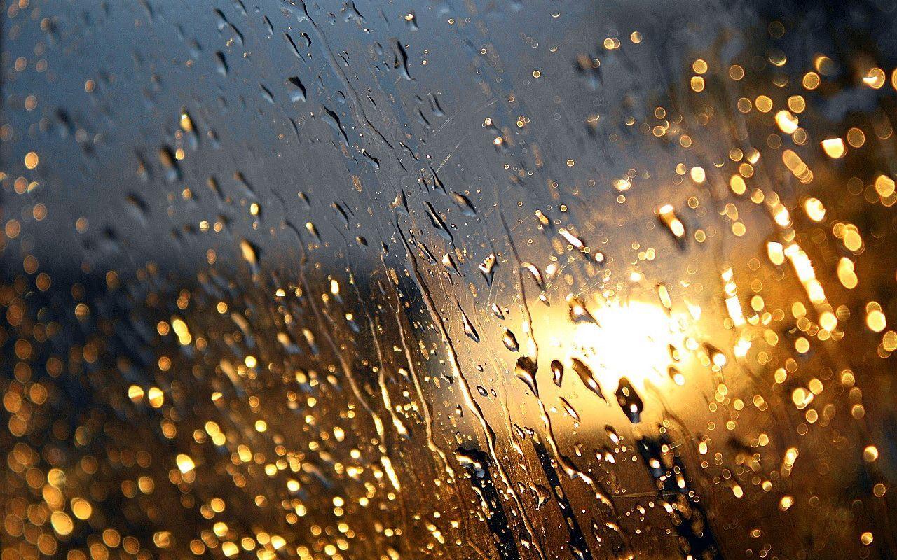 Картинки с дождем за окном, поцелуи