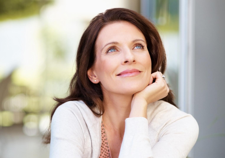 7 способов выглядеть моложе своих лет Секреты красоты. - АиФ