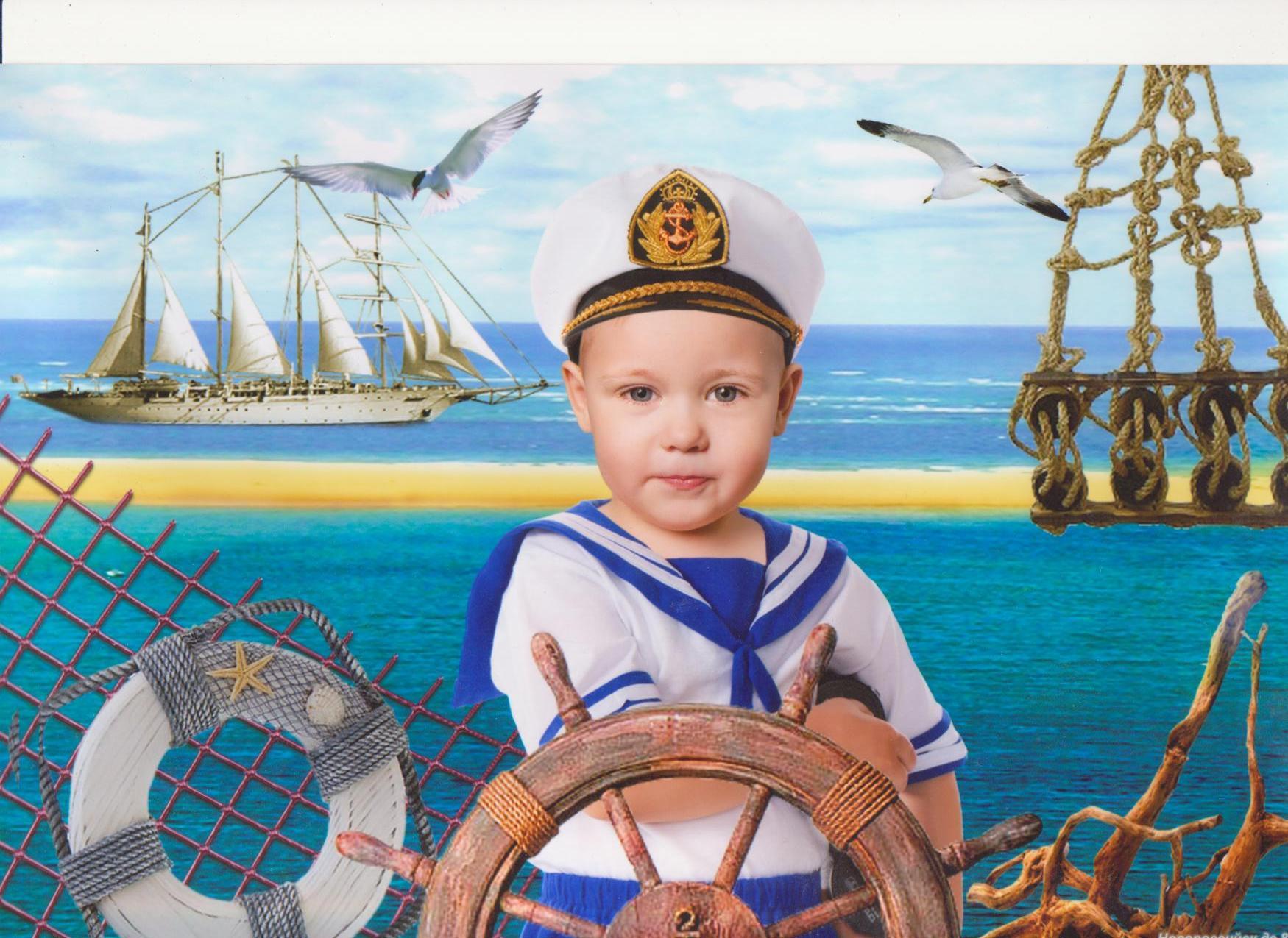 Дети в морских костюмах фото