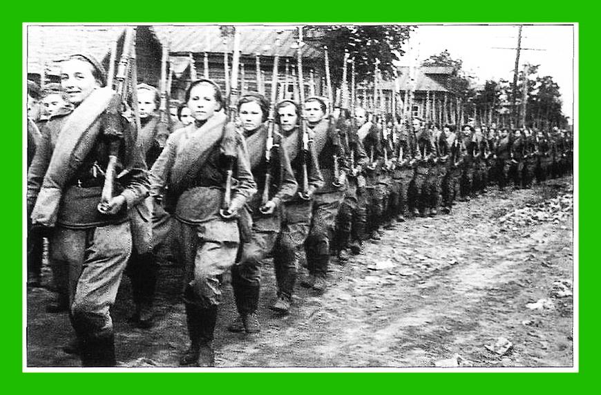 Картинки солдаты идут на войну, воскресение мастер открыток