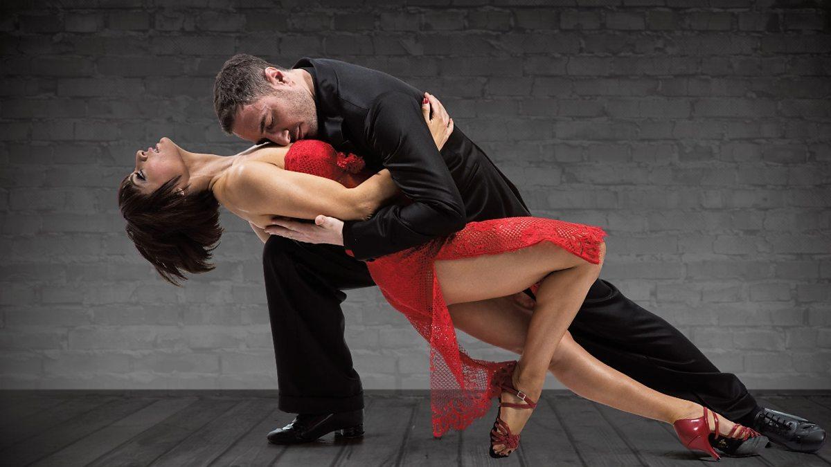 Тане танго танцоры