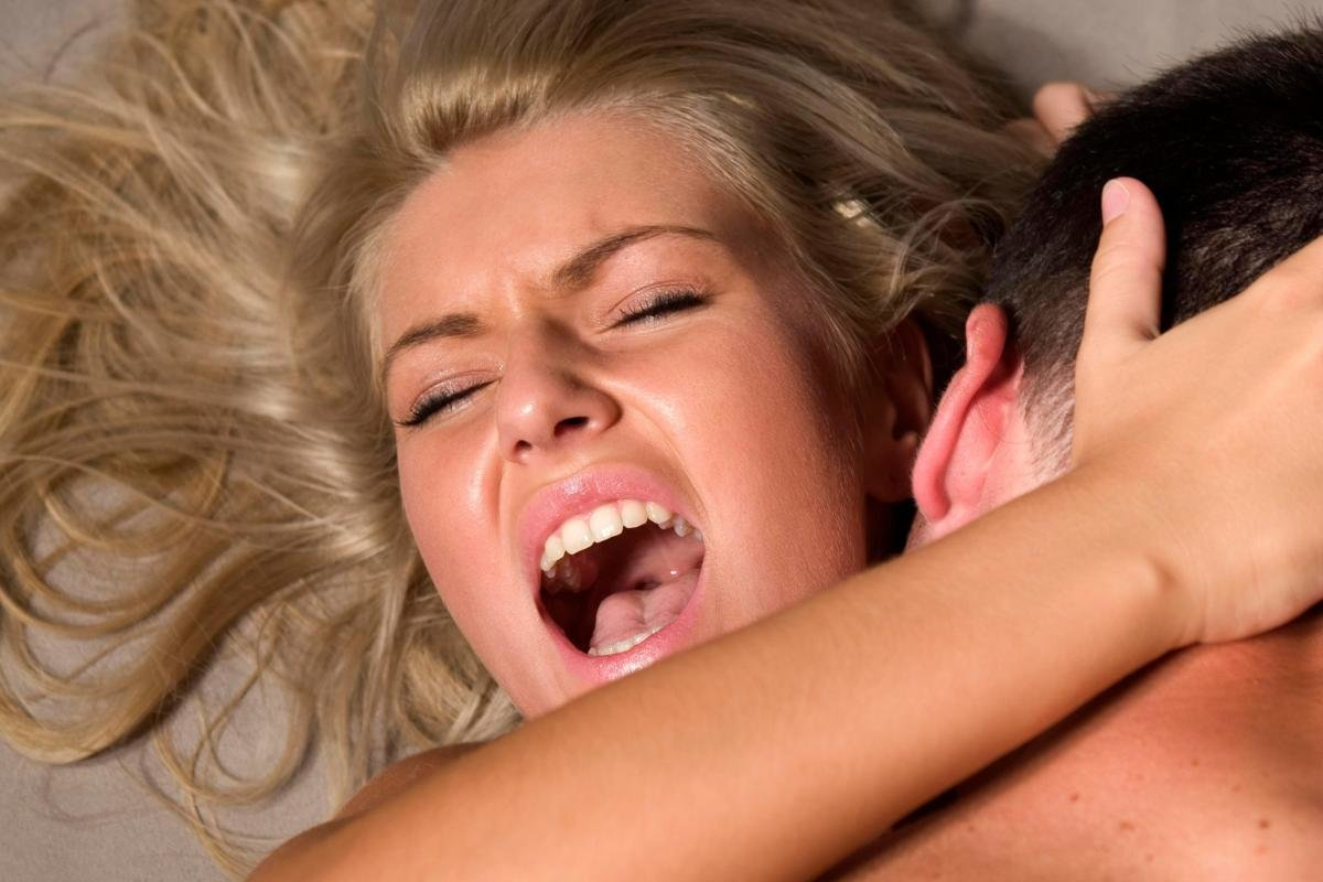 девушки кричат когда им глубоко - 4