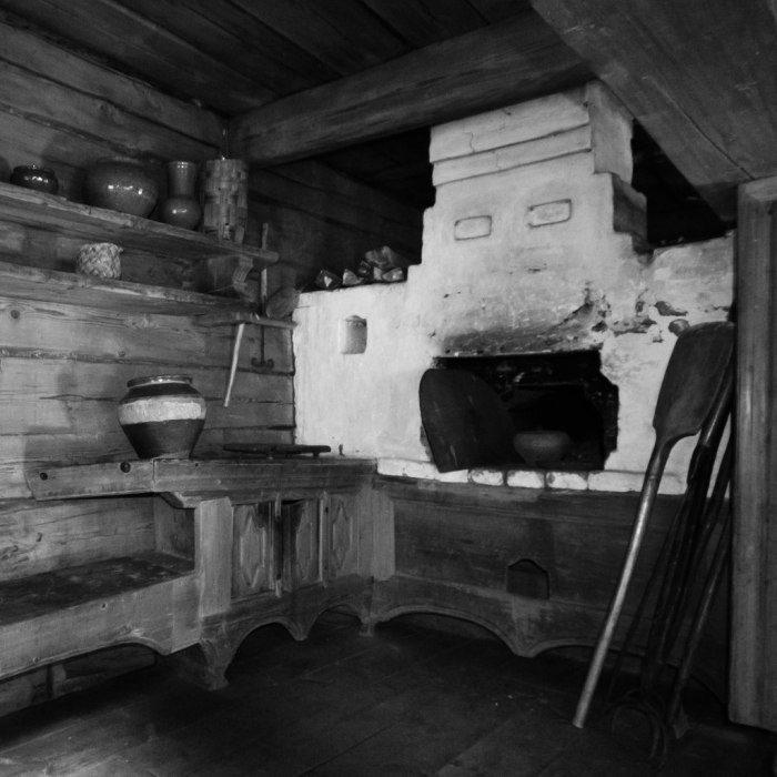 четвёртая печь русская картинки в старинной избе уютное шёлковое одеяло