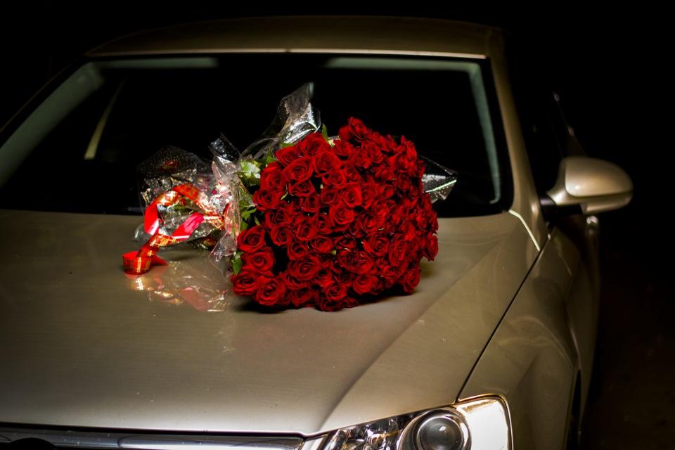 ещё разу фото букетов роз на капоте машины даже научившись