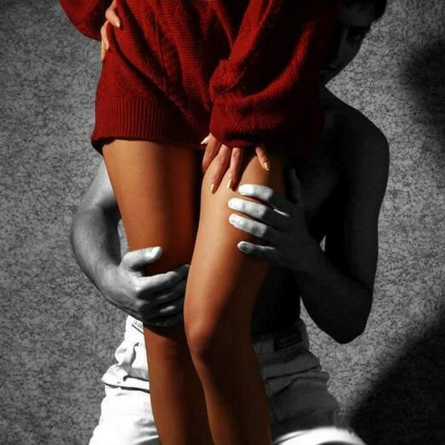 интернете картинки поцелуй на коленках что минут пять